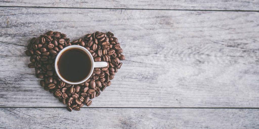 cuantos cafes se puede tomar al dia