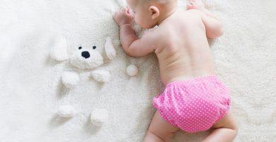 cuantos pañales usa un bebe al dia